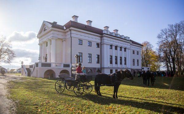 Patraukliausia Lietuvos turizmo traukos vietovė – Pakruojo dvaras – Silvija Travel Tips